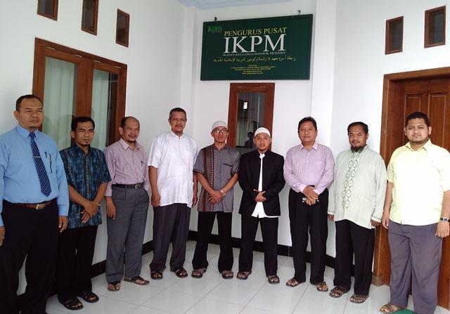 Jalin Silaturrahim, Pengurus IKPM Cabang Pakistan Berkunjung ke Kantor Pusat IKPM Gontor