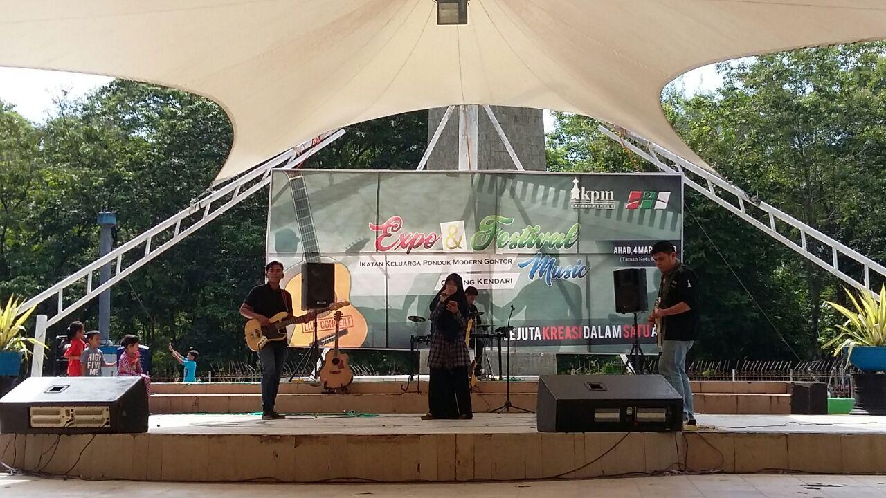 Melalui Expo dan Festival Musik, IKPM Cabang Kendari Sosialisasi Pondok Gontor dan IKPM
