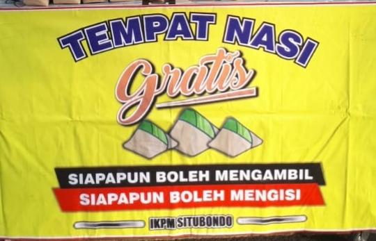 IKPM Gontor Cabang Situbondo Bagikan Nasi Gratis untuk Masyarakat