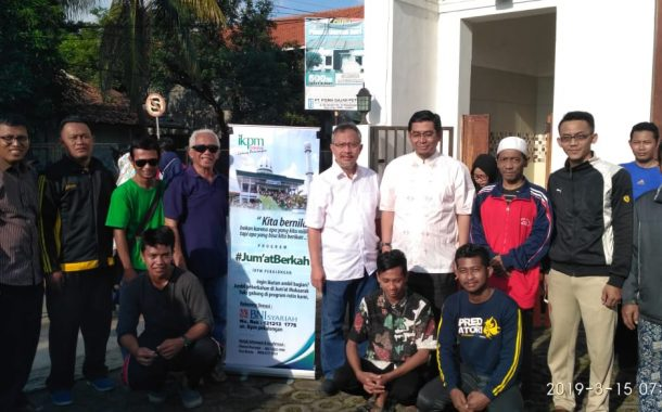 Spread Goodness, the Family Association of Gontor Branch Pekalongan Distributed Meals