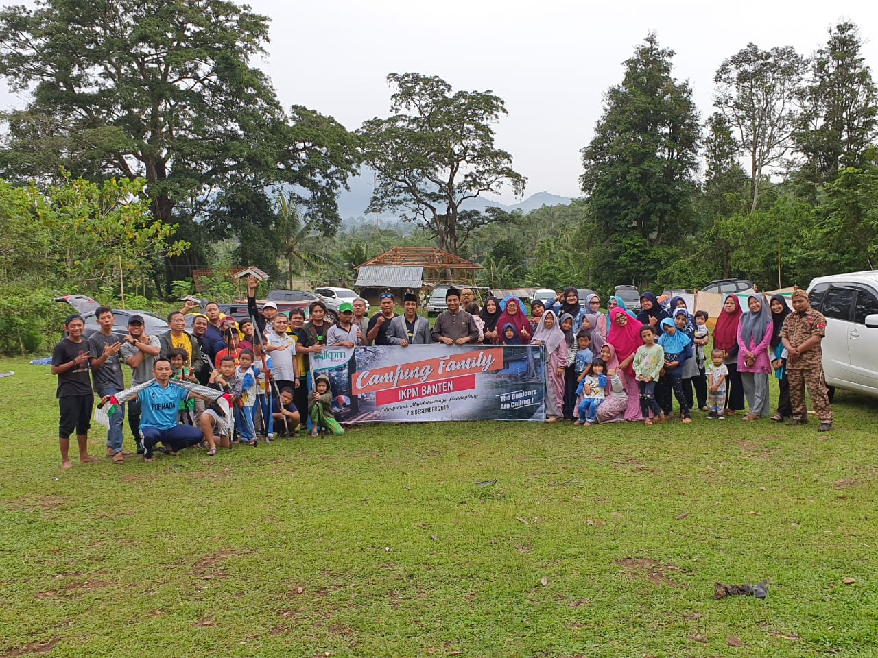 Pererat Tali Kekeluargaan, IKPM Gontor Cabang Banten Adakan Family Gathering