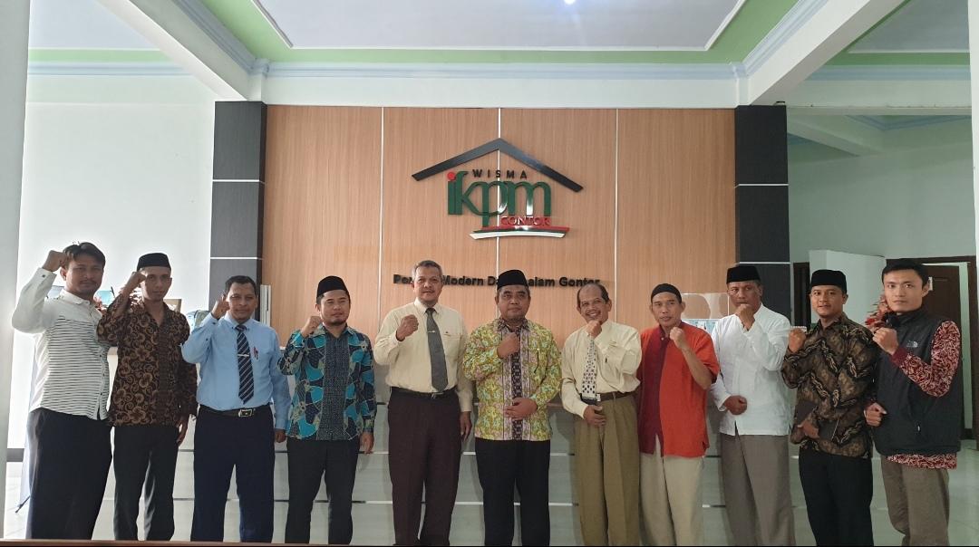 IKPM Gontor Cabang Indramayu Silaturrahim ke PP IKPM Gontor