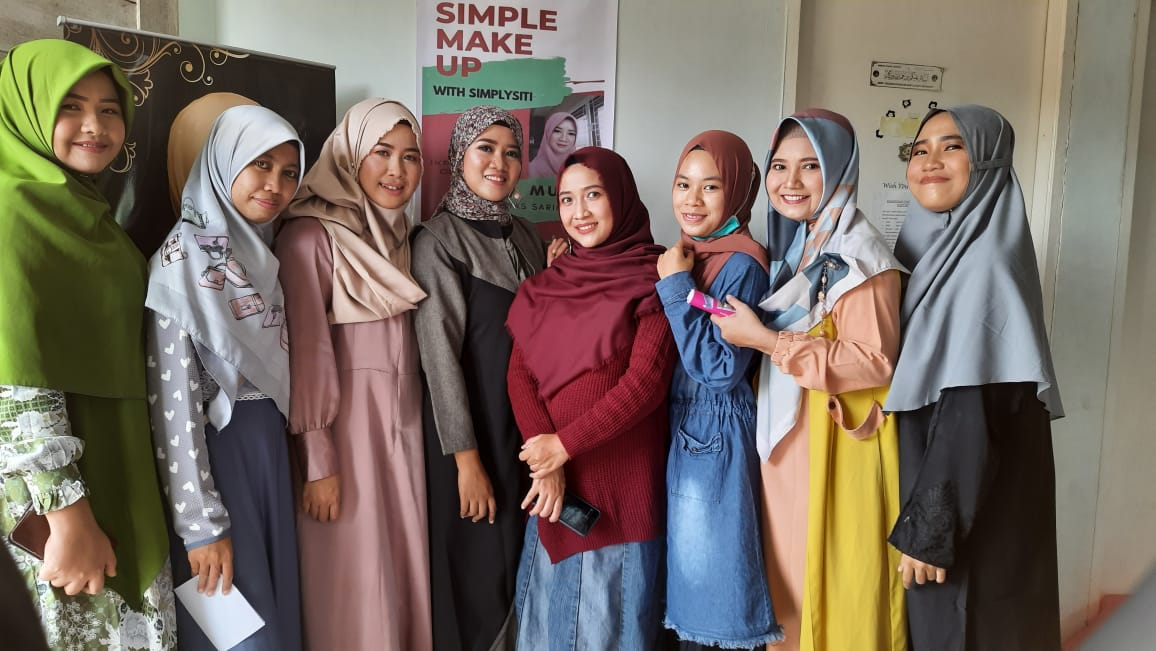 IKPM Batam Adakan Pertemuan Wali Capel dan Pelatihan Simple Make Up