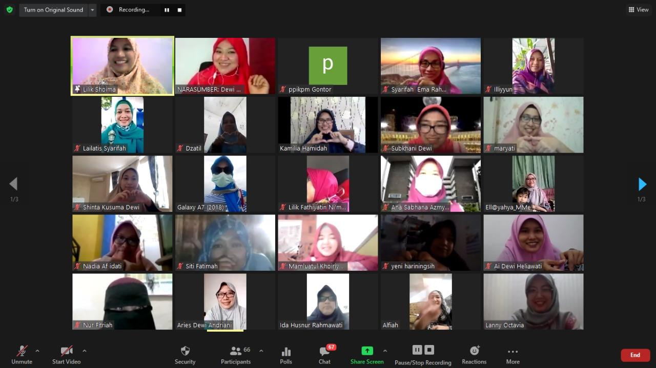 Bekali Muslimah Masa Kini, Alumni Gontor Putri Adakan Silaturahim Virtual